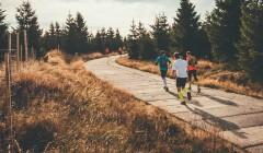 Běžci se poprvé vydali na trať legendární Jizerské 50