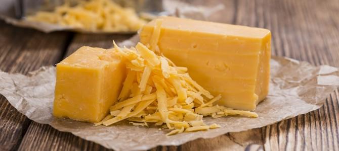 Proč by si běžci měli dopřát sýr?